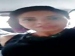 במכונית עם החתיכה